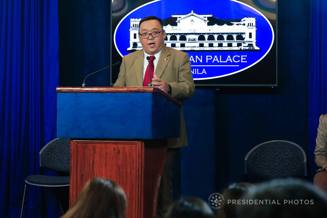 GOODBYE, SOCIAL MEDIA. Presidential Spokesman Harry Roque turns over social media duties to PCOO staff. Malacañang file photo