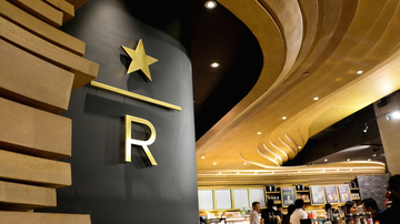 At The New Starbucks Reserve Bar Coffee And Heritage Blend