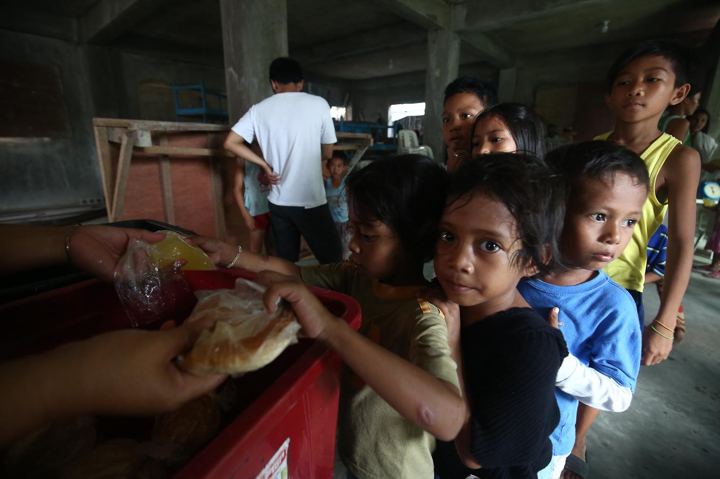 Hunger up in Metro Manila, Mindanao in Q2 2018 – SWS