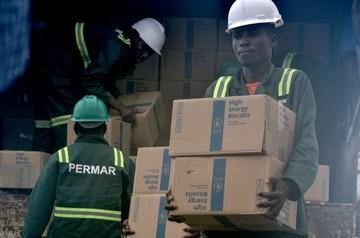 Aid agencies rush to bring aid to Mozambique cyclone survivors