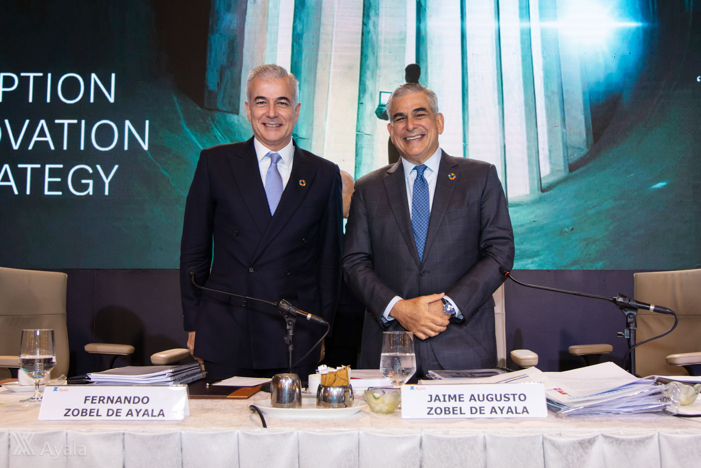 UNDER SIEGE. The Ayala brothers during an  annual stockholders meeting. Photo courtesy of Ayala Corp.