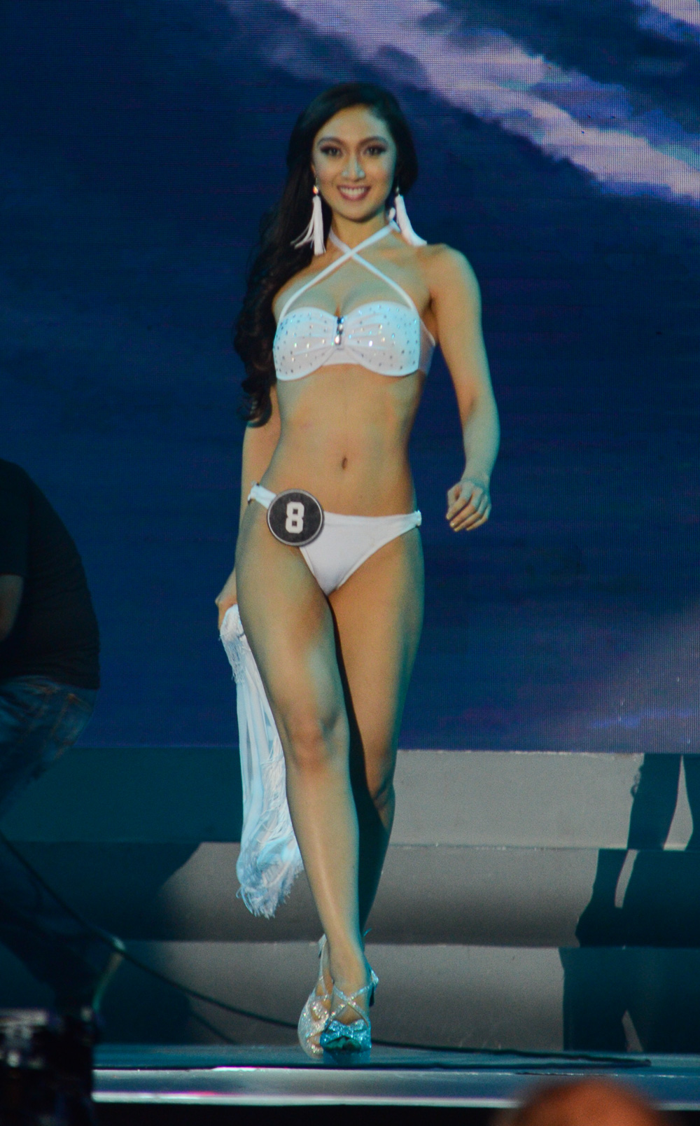 WATCH: Bb Pilipinas 2016 swimsuit competition at