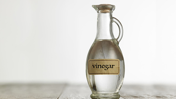 Vinegar made from synthetic acetic acid has no adverse