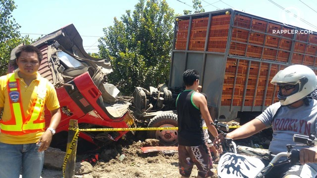 FATAL ACCIDENT. The driver of this truck was drunk at the time of the crash, according to police. Photo by Bobby Lagsa