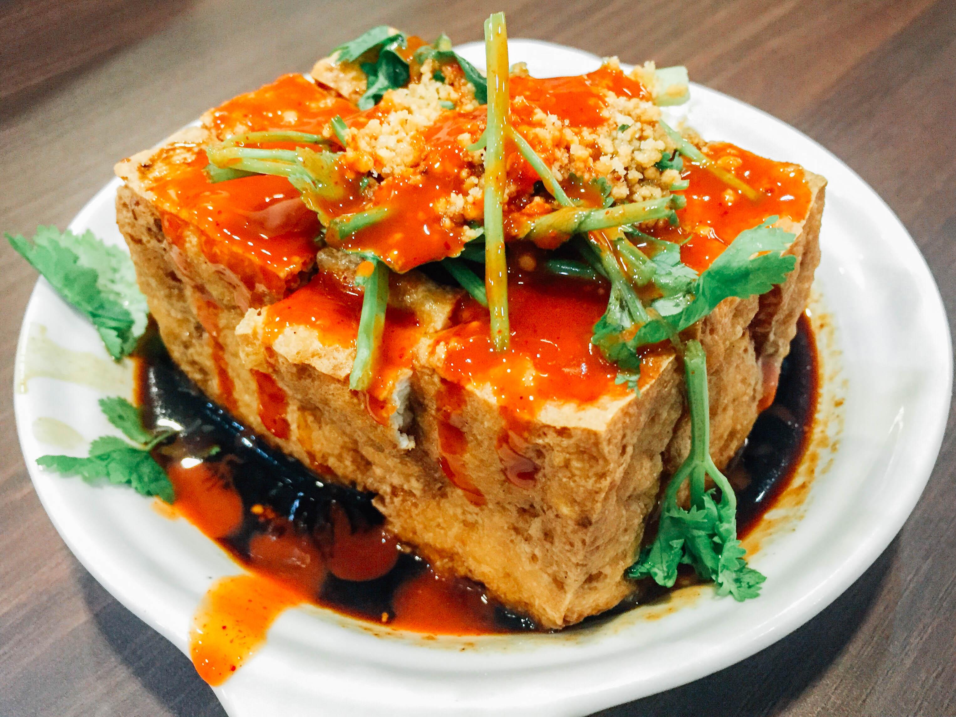 7 Delicious Binondo Food Discoveries
