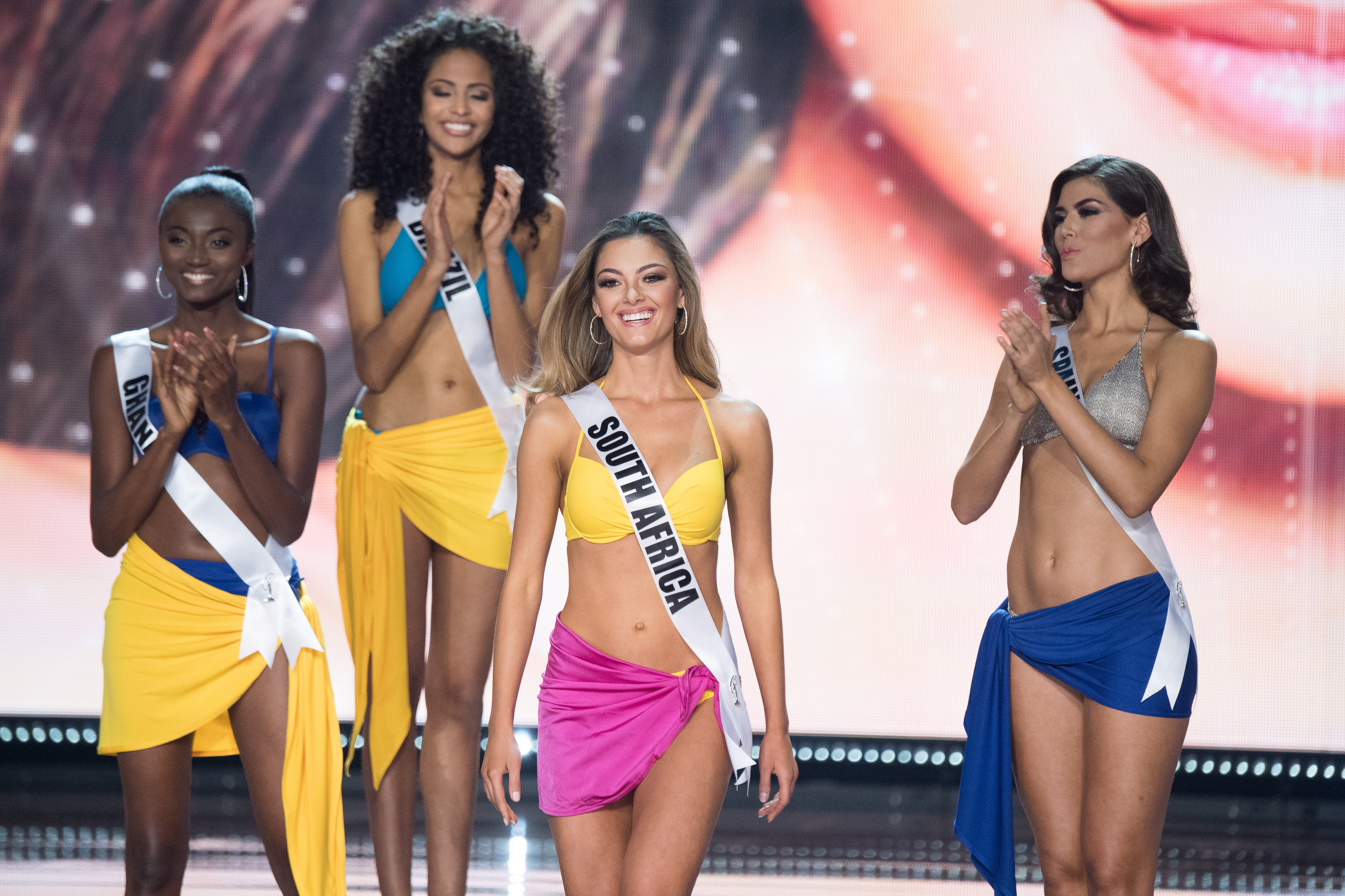 IN PHOTOS: Miss Universe 2017 swimsuit competition