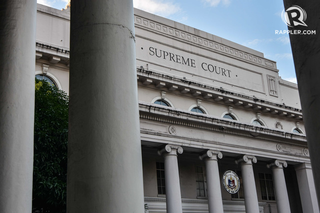 HUMAN RIGHTS WIN. The Supreme Court issues two protective writs to two groups which sued the Duterte administration in separate petitions. Photo by LeAnne Jazul/Rappler