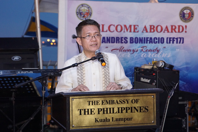 PH ENVOY. Ambassador J Eduardo Malaya giving his remarks aboard the BRP Andres Bonifacio, March 31, 2017. Photo from KLPE