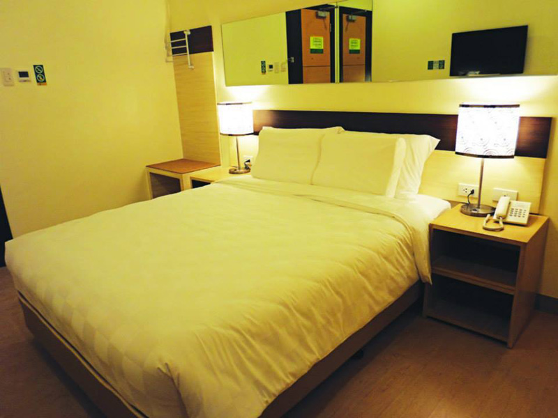 From Hostels To Capsule Rooms 7 Places You Can Stay In Manila
