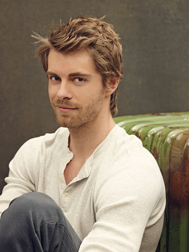 8 Things To Know About Luke Mitchell Of The Tomorrow People
