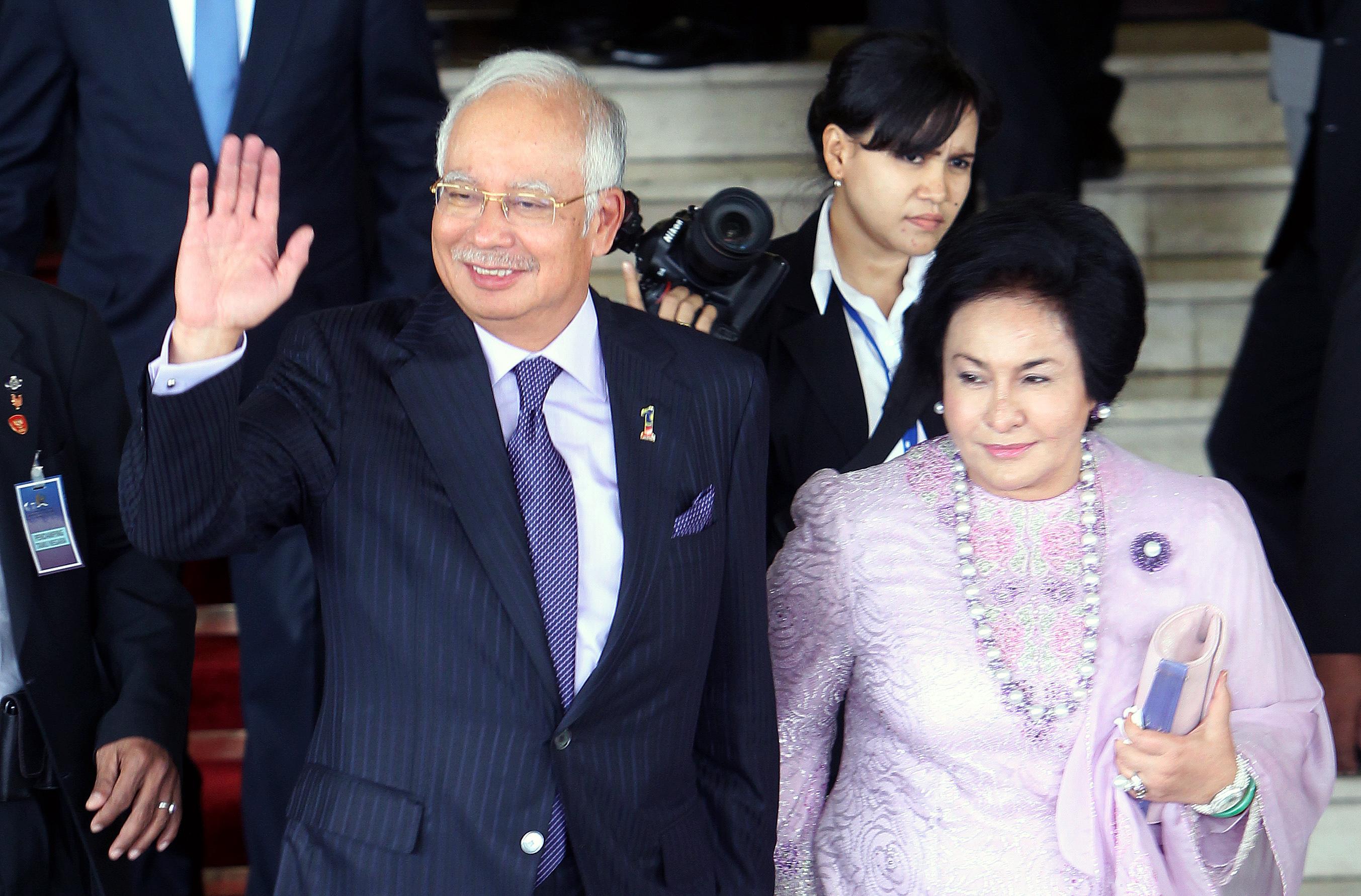 Malaysian Prime Minister Wife Diamond Ring