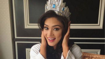 d3fb4a63756 Pia posts a message to her supporters after winning Miss Universe 2015.