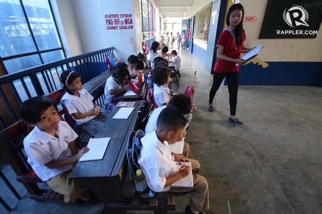 deped sees solution to classroom shortage On addressing shortages which it sees as the root cause for the poor perfor-mance of students hence, the preoccupation with new classroom construc-tion, teacher hiring, and textbook.