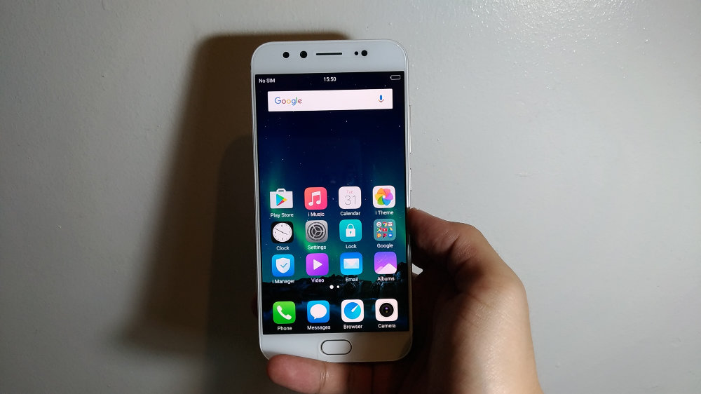 The Vivo V5 Plus: An iPhone clone but still very likable