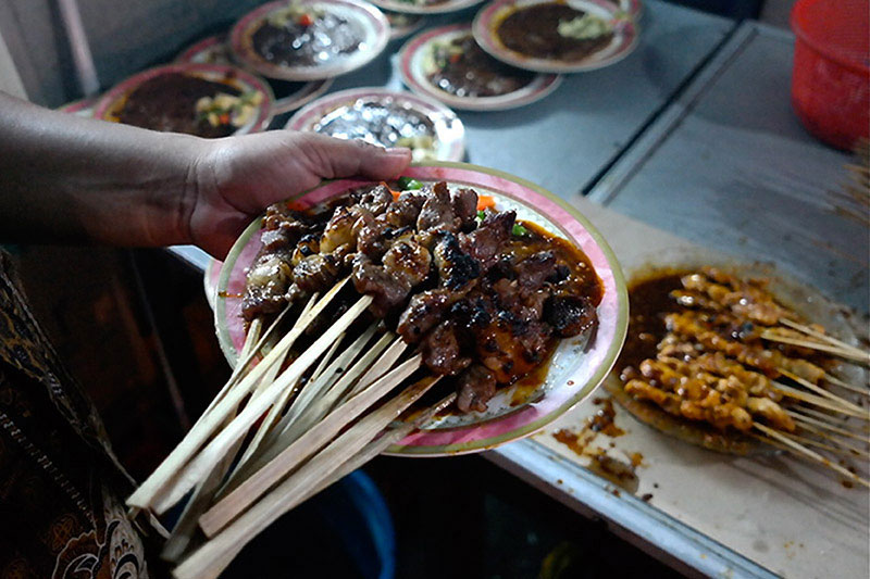 Jakarta To Learn A City Look To Street Food