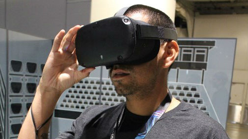 db80697f9fb1 Facebook unveils upgraded wireless Oculus headset in VR push
