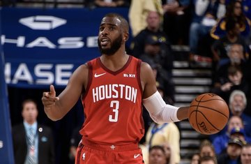 72d797b7e1db Chris Paul couples the Rockets  win with a record-setting night.