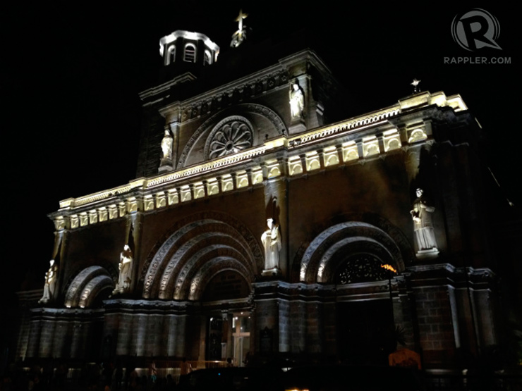 GRAND CATHEDRAL. At almost 3,000 square meters, Manila Cathedral is massive and awe-inspiring. Its multi-layered arches are particularly striking. Photo by Paterno Esmaquel II / Rappler