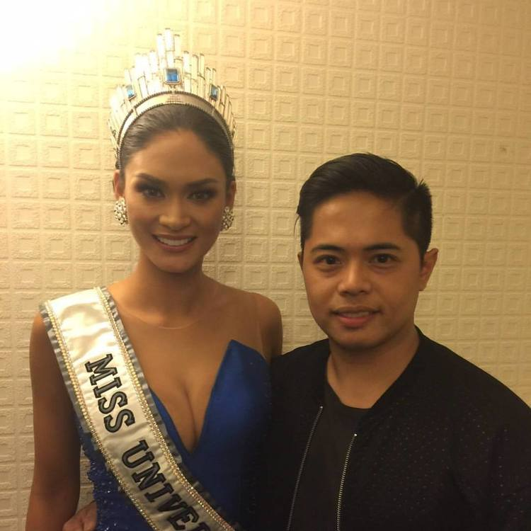 MISS UNIVERSE 2015. Bessie with friend Pia Wurtzbach, Miss Universe 2015. Pia has worn his creations numerous times.