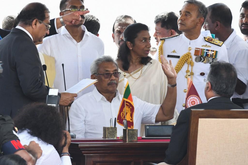 Symbolic swearing-in for Sri Lanka's new president