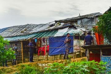 Welcome wears thin for Rohingya refugees in Bangladesh