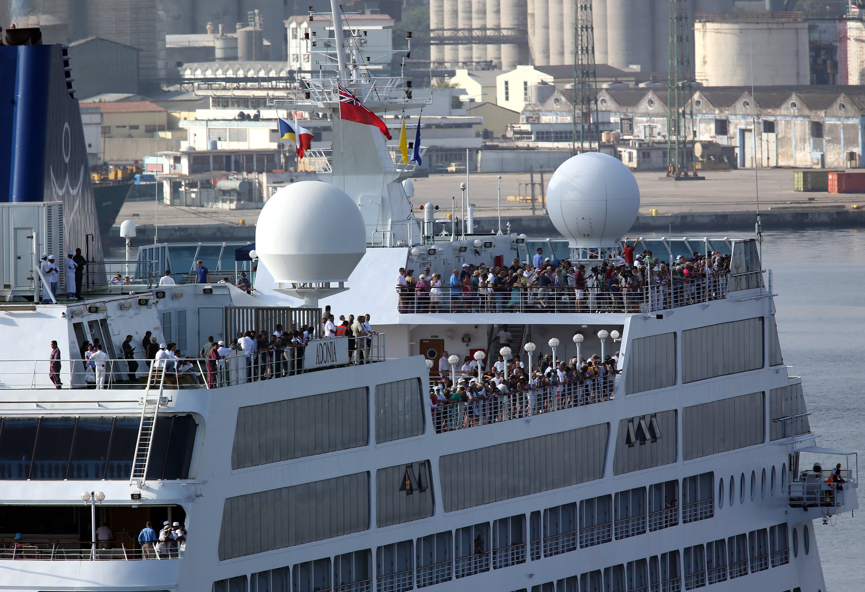 Happy Tears As First Us Cuba Cruise In Decades Docks