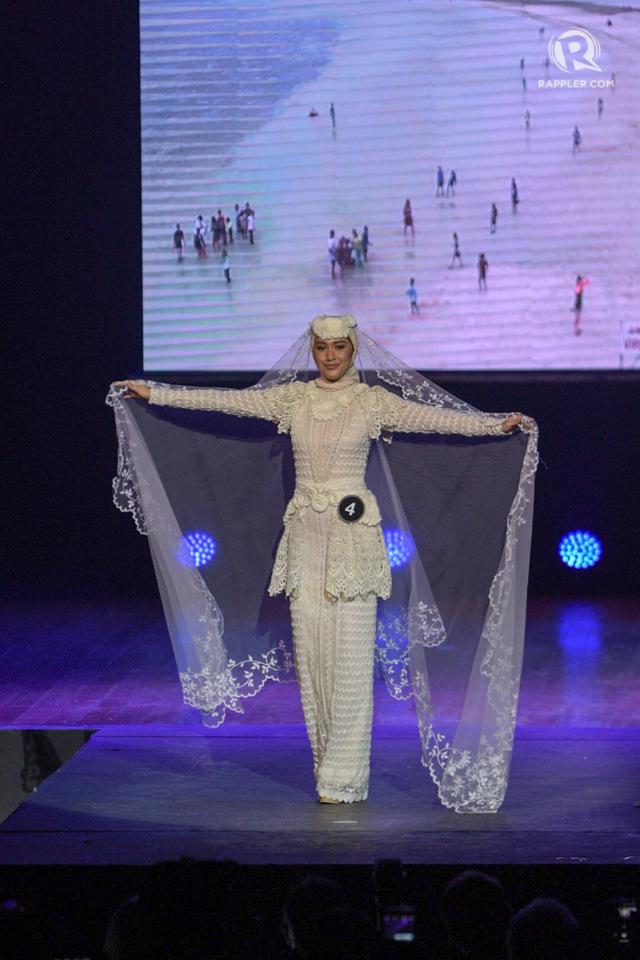 HIJAB. Ana Patricia Asturias shows a Muslim-inspired wedding dress.