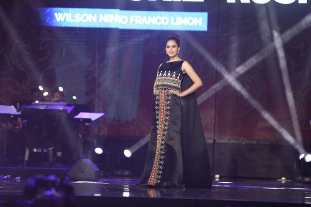 MANATA. Vickie Rushton in Nino Franco. Photo by Jory Rivera