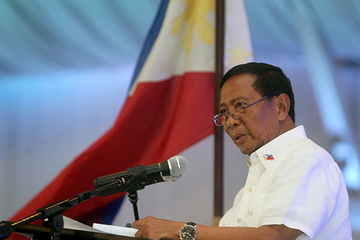Binay wants anti-bullying law for public officials
