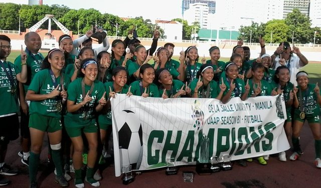 CHAMPS AGAIN. La Salle returns to the top after shutting out FEU in the final. Photo release