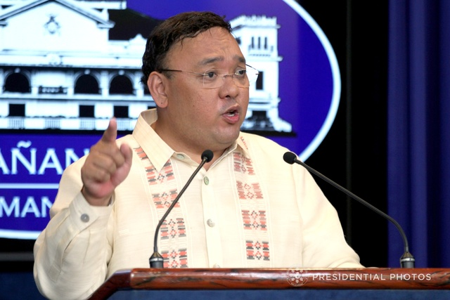 DEFENDING DUTERTE. Presidential Spokesperson Harry Roque takes questions from the media. Malacañang file photo