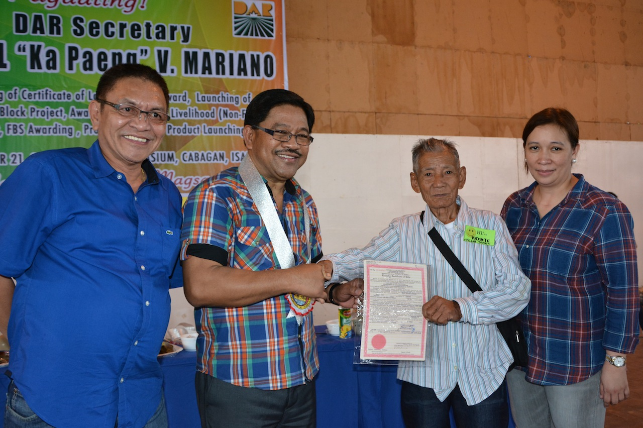 Department of agrarian reform farmer vicente romero finally receives his certificate of land ownership award yelopaper Images